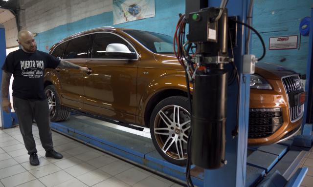 Выдвижные электрические пороги ATS на Audi Q7